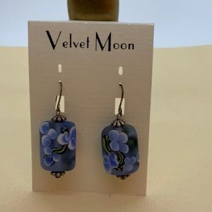 NWT...VELVET MOON artisan Merano glass earrings